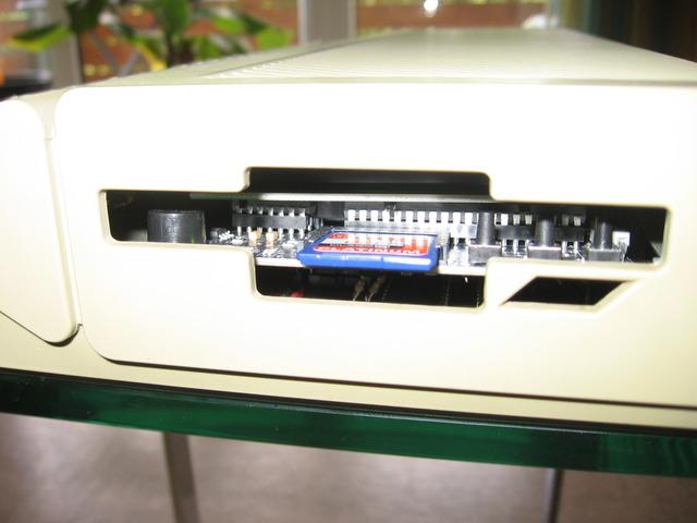SD Card HxC Floppy Emulator eingebaut im Atari STE